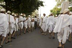 1000年Gandhi打扮了街道的孩子 免版税库存图片