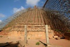 Abhayagiri dagoba在Anuradhapura 免版税图库摄影