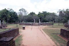 Abhayagiri Raja Maha Viharaya Royaltyfria Bilder
