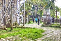 Abhazia På den närgränsande territoriumtemplet av Dormition av mest H Arkivfoton