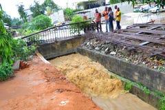 Abidjan von den Erdrutschen passend zu regnen Stockbild