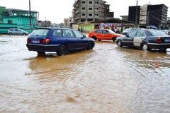 Abidjan zalewa, Przeciwawaryjny spotkanie wczoraj przy Cocody urzędem miasta/: Mayor ` s usilna prośba Fotografia Royalty Free