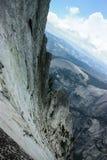 Abismo según lo visto desde arriba de Mitad-bóveda en par del nacional de Yosemite fotografía de archivo