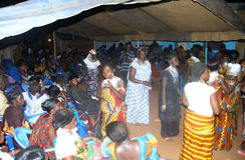 Abitudine africana di akan in paese Fotografie Stock Libere da Diritti