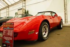 Abitudine del Chevrolet Corvette, automobili dell'annata sulla d Fotografie Stock Libere da Diritti