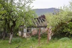 abkhazia разрушил дом Стоковое фото RF