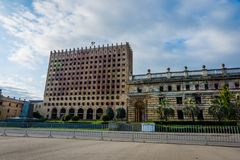 Abkhazian parlament, Sokhumi Royaltyfri Foto