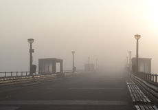 Abkommen-Pier-Nebel Lizenzfreie Stockfotos