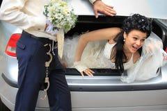 Ableiter der sichernden Braut lizenzfreie stockbilder