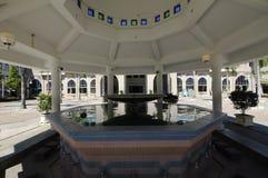 Ablucja sułtanu Haji Ahmad Shah meczet a K uia meczet w Gombak, Malezja Zdjęcia Royalty Free