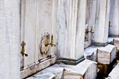 Ablutionspringbrunnar Arkivfoto
