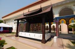 Abluzione della moschea di Putra Nilai in Nilai, Negeri Sembilan, Malesia fotografia stock