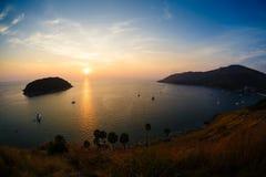 Abnahme in dem Meer Phuket Thailand stockfoto