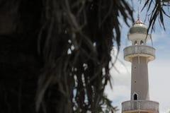 Abobade o céu e nuvens islâmicos bonitos do projeto da arte de pattani da mesquita de Masjid Fotografia de Stock