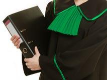 Abogado de la mujer con la carpeta de archivos o el expediente Fotos de archivo