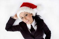 Abogado que presenta con el sombrero de la Navidad Fotos de archivo libres de regalías