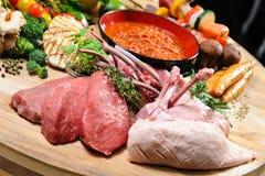 Abondance de nourriture crue Image stock
