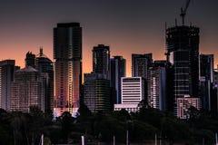 Abondance des gratte-ciel modernes photos stock