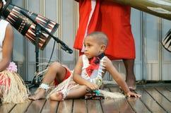 aboriginal pojkedräkt Arkivfoton