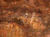 Aboriginer vaggar konst på den Kakadu nationalparken, det nordliga territoriet, Australien Royaltyfri Bild