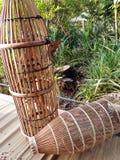 Aboriginermalaysianfolks fällor för fiske Arkivbilder