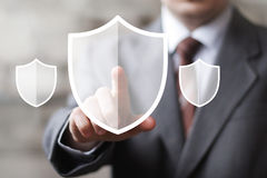 Abotone la muestra en línea del negocio del web del virus de la seguridad del icono del escudo Fotografía de archivo