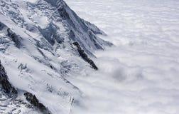 Abover del Monte Bianco le nuvole Immagine Stock