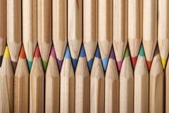 Abrégé sur coloré crayons ! Photo libre de droits