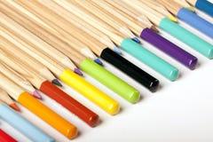 Abrégé sur coloré crayons ! Photographie stock libre de droits