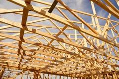 Abrégé sur de encadrement à la maison nouvelle construction Photos stock