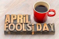 Abrégé sur mot d'April Fools Day dans le type en bois Photographie stock libre de droits