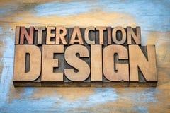 Abrégé sur mot de conception d'interaction dans le type en bois Images stock