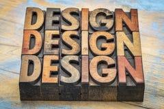 Abrégé sur mot de conception dans le type en bois d'impression typographique Photo stock