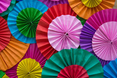 Abrégé sur multicolore pliage de papier pour le fond images stock