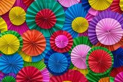 Abrégé sur multicolore pliage de papier pour le fond photographie stock