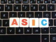 Abréviation ASIC sur le fond de clavier Images libres de droits