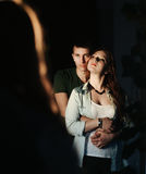 Abraçando amantes Foto de Stock Royalty Free