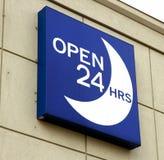 Abra 24 horas de sinal Imagens de Stock
