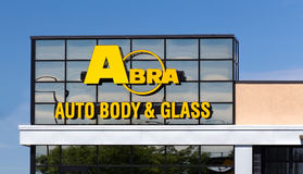 Abra Auto Body Repair Shop Royaltyfri Foto