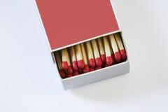 Abra a caixa de fósforos com fósforos para dentro fotos de stock