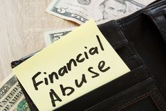 Abra a carteira com abuso financeiro das palavras foto de stock royalty free
