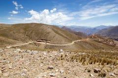 Abra del Condor-bergpas bij een verhoging van 4000 m op de grens van de Provincie van Salta en Jujuy-, Argentinië stock afbeeldingen