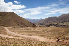 Abra del Condor-bergpas bij een verhoging van 4000 m op de grens van de Provincie van Salta en Jujuy-, Argentinië royalty-vrije stock foto