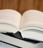 Abra densamente el libro Imagen de archivo libre de regalías