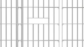Abra e porta próxima das barras da cadeia com o resíduo metálico alfa para o uso como o conceito da liberdade vídeos de arquivo