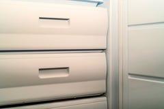 Abra el congelador de refrigerador foto de archivo libre de regalías