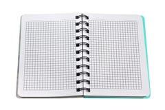 Abra el cuaderno de papel con las paginaciones en blanco foto de archivo libre de regalías