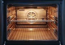 Abra el horno Fotografía de archivo