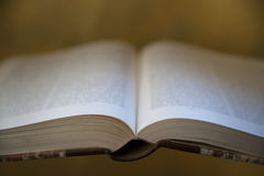 Abra el libro Imágenes de archivo libres de regalías