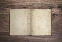 Abra el libro Fotos de archivo libres de regalías